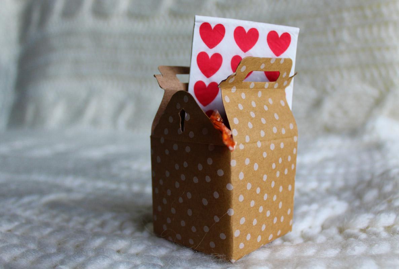 cadeauzakje bruiloft ceremonie tissue doosje