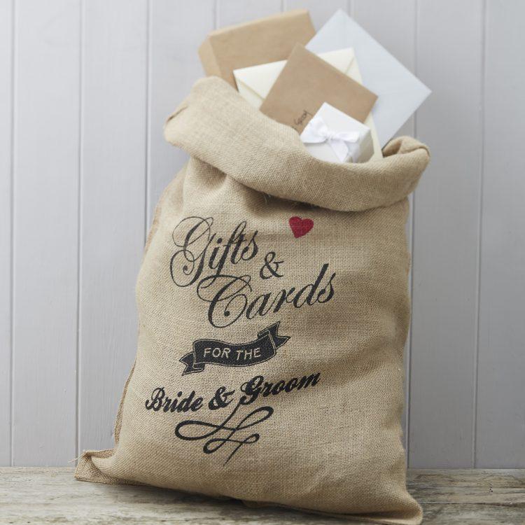 Enveloppenzak bruiloft jute cadeaus