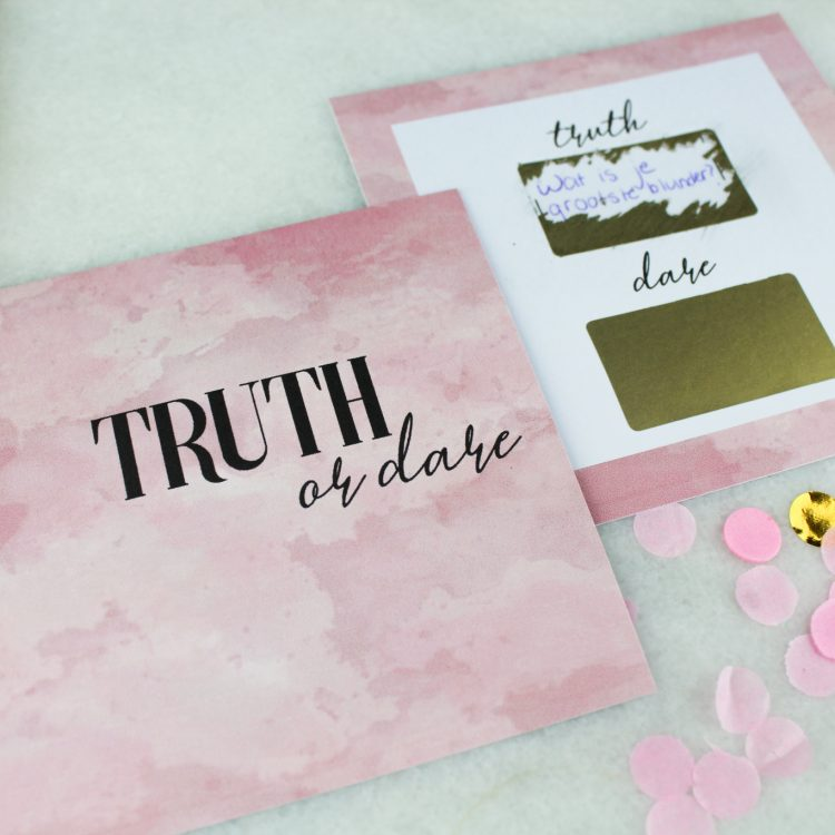 truth or dare vrijgezellenfeest babyshower spel spelletje ideefabriek krassen