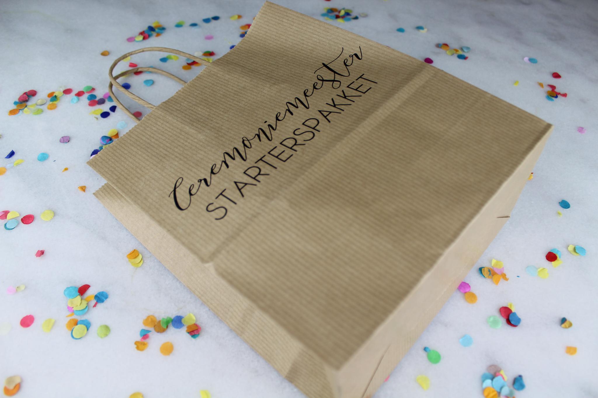 ceremoniemeester bruiloft cadeautas starterspakket ideefabriek zijkant