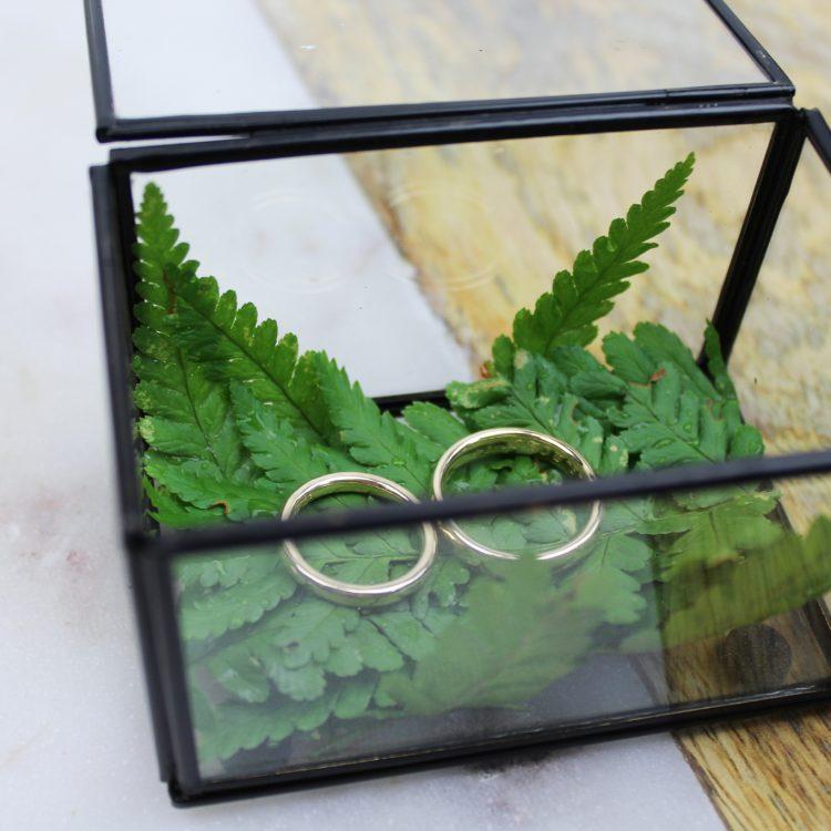 ringendoos ringenbox trouwen gepersonaliseerd ideefabriek