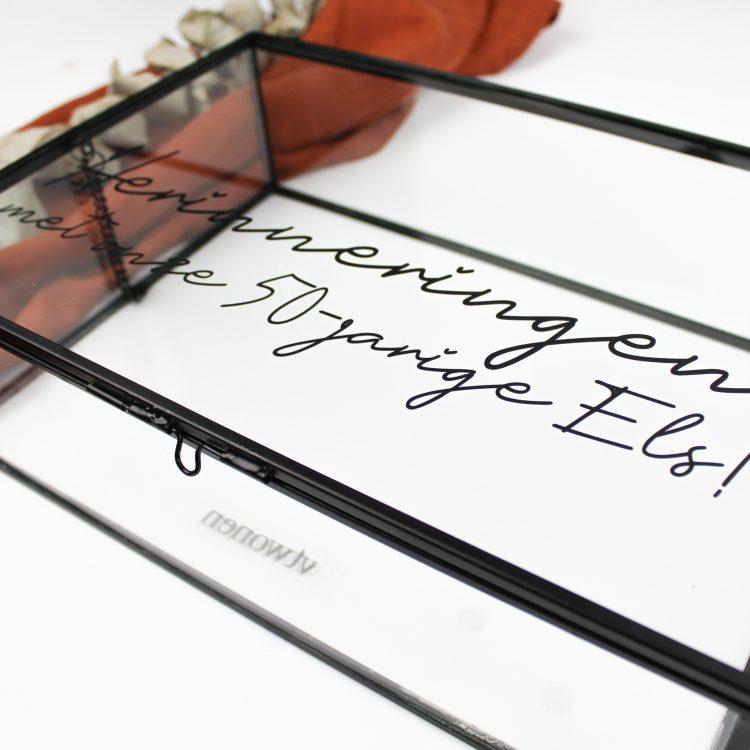 glazen box messing gepersonaliseerd ideefabriek cadeau persoonlijk housewarming herinneringsbox voorbeeld