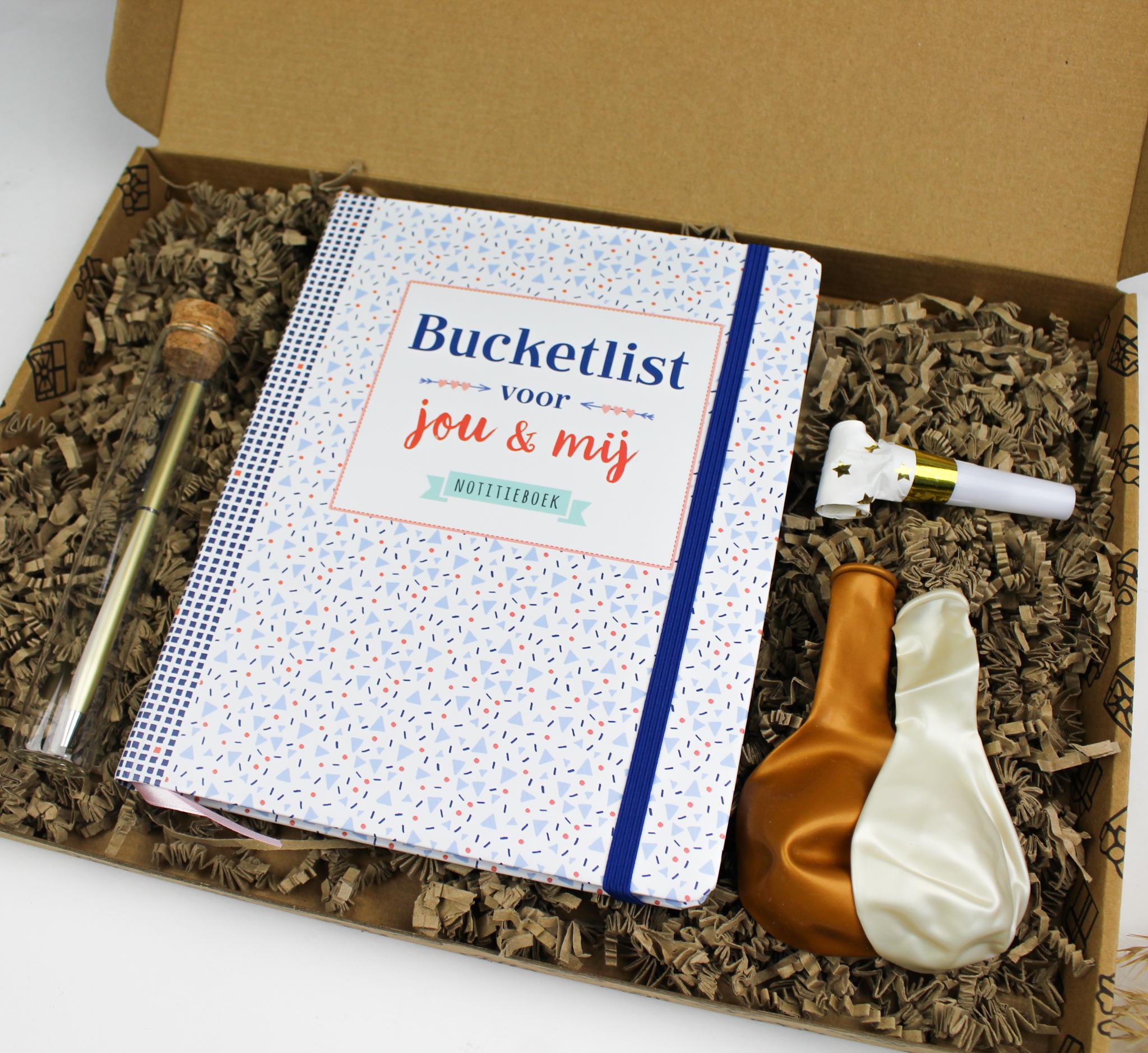 cadeau cadeaupakketten cadeaupakket ideefabriek verjaardag bucketlist samen bucketlistboek