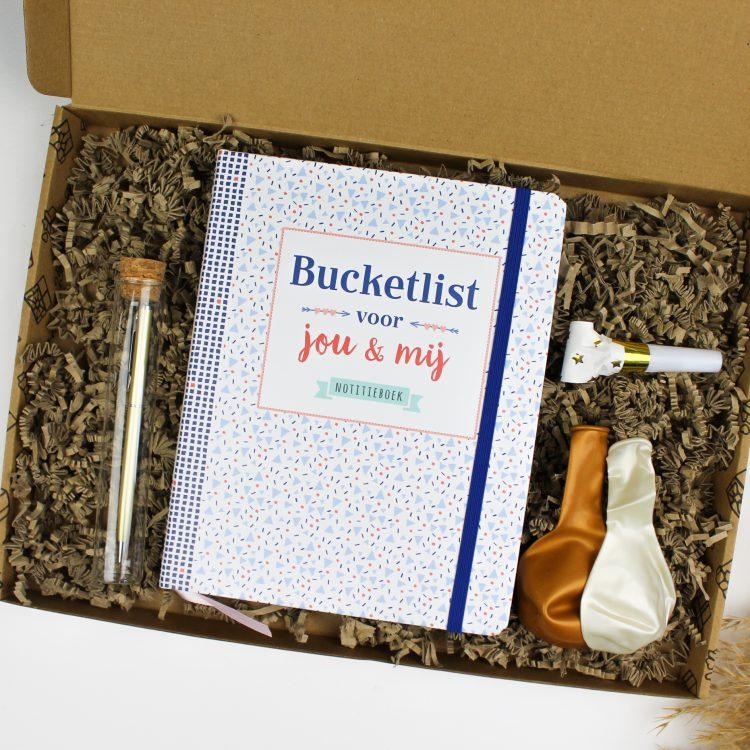 cadeau cadeaupakketten cadeaupakket ideefabriek verjaardag bucketlist samen bucketlistboeken