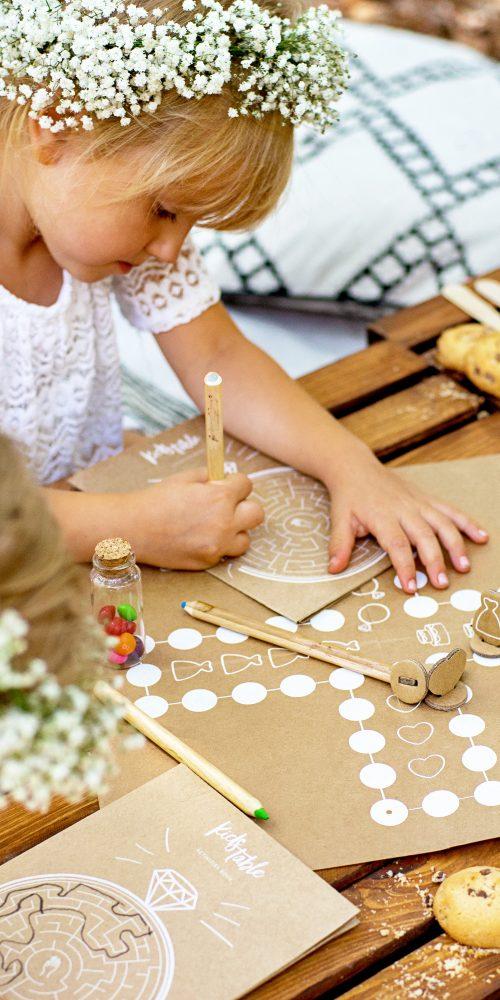 Kinderactiviteiten kinderen set ideefabriek bruiloft activiteiten kids